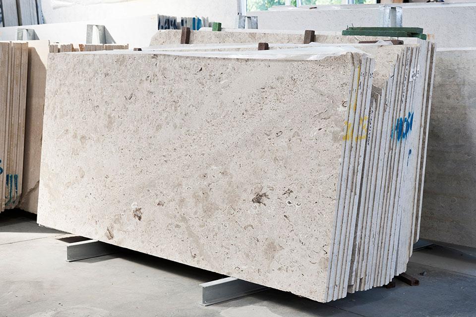 Aurisina Fiorita slabs marble